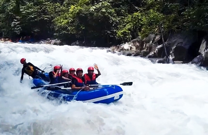 3 Days 2 Nights Ipoh Caving and White Water Rafting